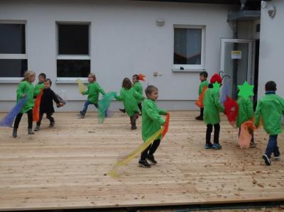 Vorschaubild zur Meldung: Die Raupe Nimmersatt in Zschettgau