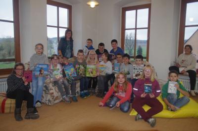 Foto zu Meldung: Besuch in der Gemeindebücherei