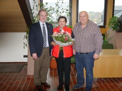 Foto zur Meldung: Langjährige Mitarbeiterin in den Ruhestand verabschiedet