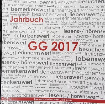 Foto zu Meldung: Jahrbuch Kreis Groß-Gerau 2017 im Bürgerbüro erhältlich