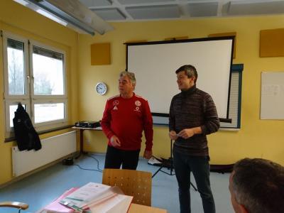 Foto zur Meldung: Fußball: E - Junioren Coach Marcus Lehmann mit C - Lizenz