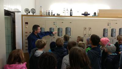 Foto zu Meldung: Besuch des Wasserwerks in Rellingen