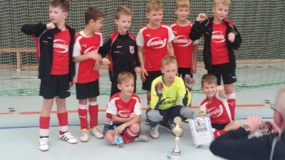 Foto zur Meldung: Fußball: F-Junioren gewinnen Hallenturnier in Torgau