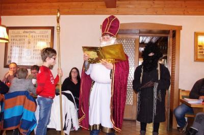 Foto zur Meldung: Gelungene Weihnachtsfeier bei den SV-Junioren