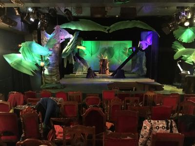 Foto zu Meldung: Schulausflug zum Theater für Kinder
