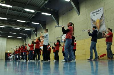 Vorschaubild zur Meldung: Mit Wunschkonzert und Weihnachtsolympiade in die Ferien