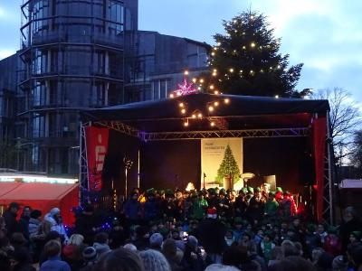 Singpause und Singstars gemeinsam auf der Bühne...