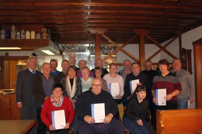 Vorschaubild zur Meldung: Besinnliche Weihnachtsfeier beim VdK Ortsverband – 28 Mitglieder geehrt