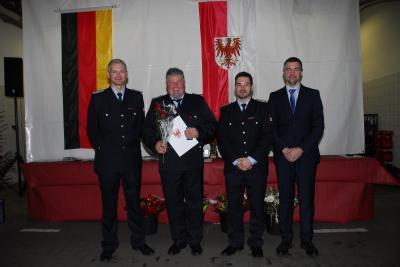 Foto zur Meldung: FFW: Jahresrückblick auf der Auszeichnungsveranstaltung