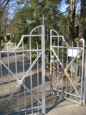 Friedhofstor des Ev. Waldfriedhofes in Rangsdorf