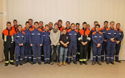Vorschaubild zur Meldung: Erfolgreiche Jugendfeuerwehrler - Wissenstest der Rosenheimer Feuerwehren