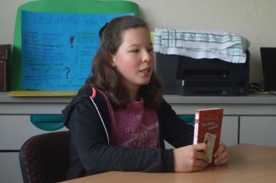 Vorschaubild zur Meldung: Tamara siegt im Vorlesewettbewerb!
