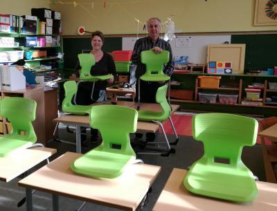 Vorschaubild zur Meldung: Unsere neuen Schulmöbel