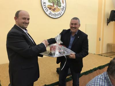 Tomasz Bajon überbringt in Sohra zur Gemeinderatssitzung im November Grüße aus der polnischen Partnergemeinde Pilchowice
