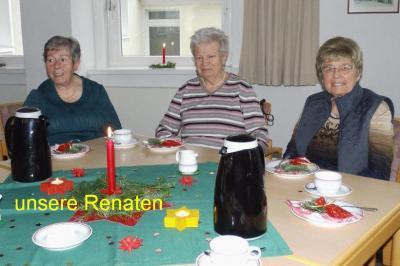 Foto zur Meldung: 50plus und Seniorinnen genießen Weihnachtsfeier