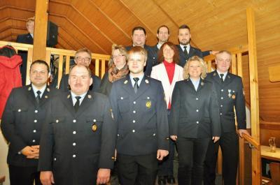 Vorschaubild zur Meldung: Sabrina Marr weiterhin Vorsitzende der FF Mainklein - Kommandant Stefan Rupprecht ebenfalls im Amt bestätigt