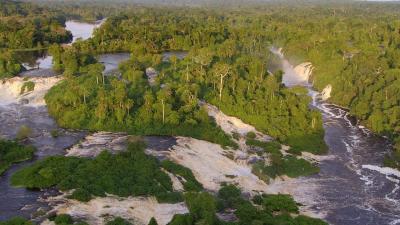 Vorschaubild zur Meldung: Kongo - Ein Fluss, zwei Welten