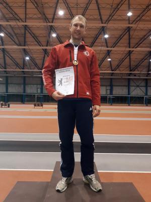 Vorschaubild zur Meldung: Matthias Beutin wird Landesmeister im Hochsprung