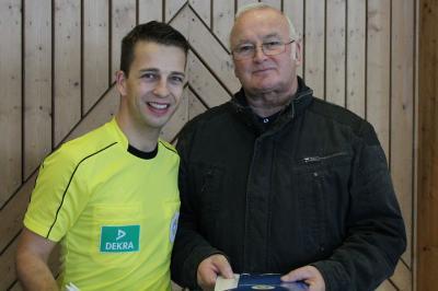 Foto zu Meldung: Glückwunsch: Malchiner Rolf Lehmann bekommt Ehrenamtsurkunde