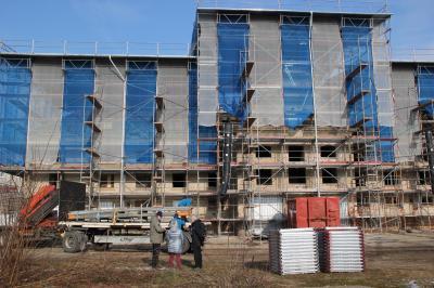 Vorschaubild zur Meldung: Sanierung des Jagdschlosses schon sichtbar: Dachstuhl wird saniert