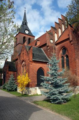 Foto zur Meldung: defekte Kirchturmuhr