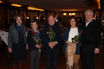 von links: 2. Vorsitzende Evelyne Beger und die Jubilare Edeltrud Vonderbank, Reinhard von Eltz, Bettina Schiemann sowie der 1. Vorsitzende Hans-Dieter Rofalski