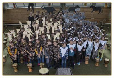 Foto zur Meldung: Trommelzauber in der Grundschule Husby