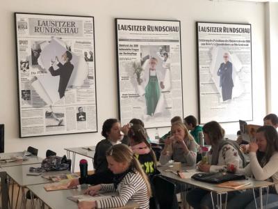 Foto zu Meldung: Die 6. Klassen lesen die Lausitzer Rundschau