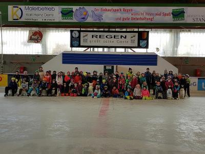 Foto zur Meldung: Zweiter Winterssporttag an der Grundschule Prackenbach