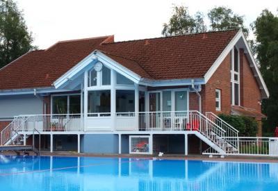 Foto zur Meldung: Schwimmbad Abo sichern