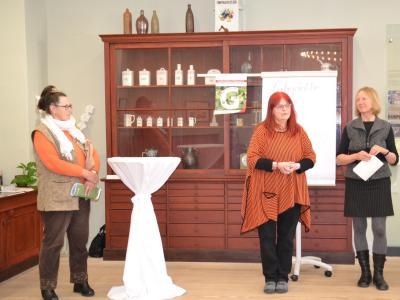 Foto zur Meldung: Ausstellung wirbt für die Aktion Offene Gärten in der Prignitz