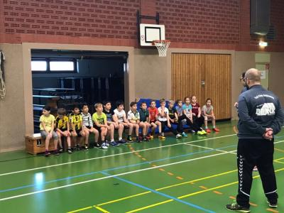Foto zur Meldung: Projekt Handball-Grundschulaktion