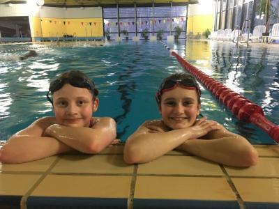 Foto zur Meldung: 8 Siege und 12 Medaillen für MTV-Schwimmer in Einbeck