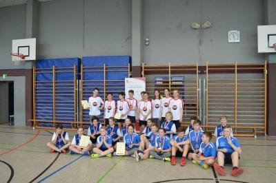 Foto zur Meldung: Jugend trainiert Floorball WK IV mix