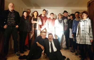 Foto zur Meldung: TiS-Ensemble amüsiert Publikum mit zweitem Programm
