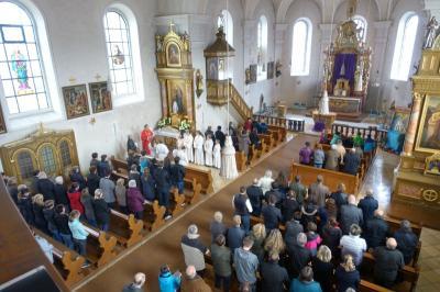 Foto zur Meldung: Karfreitagsliturgie in der Pfarrkirche St. Georg