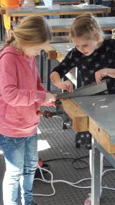 Foto zur Meldung: Modelle für das Spielgerät in den FischerHausGärten fertiggestellt