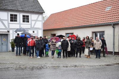 Foto zur Meldung: Osterspaziergang trotz Winterwetter gelungen