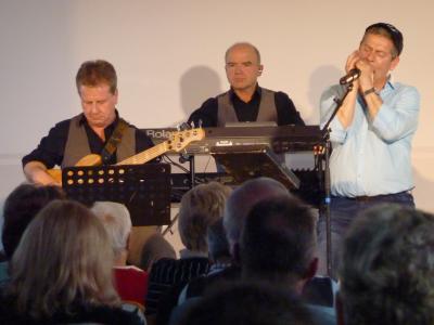 Michael Hirte mit Band