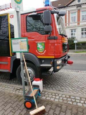 Foto zur Meldung: Öl auf Straße höhe Gärtnerei