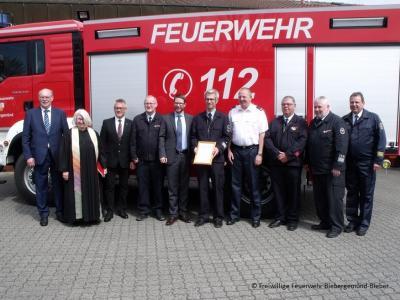 Foto zu Meldung: Neues TLF 4000 feierlich eingeweiht und in Dienst gestellt