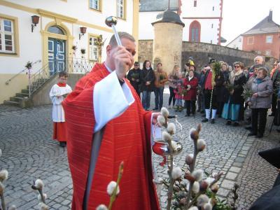 Foto zur Meldung: Palmweihe und Prozession