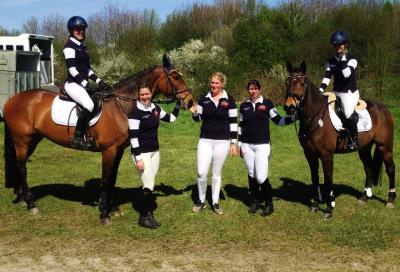 Foto zur Meldung: Platz 5 nach der ersten Etappe – Reiterinnen starten gut in die Champ-Trophy