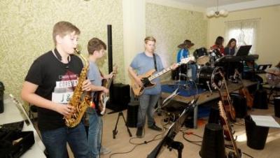 Foto zu Meldung: Kulturschock 2018 - Konzert der Schüler/innen der Europaschule Werneuchen