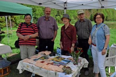 """Foto zu Meldung: Rosenfreunde waren zahlreich vertreten: Zehn Jahre """"Offene Gärten"""" in der Prignitz"""