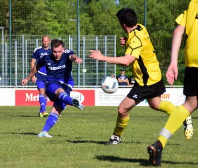Foto zu Meldung: Bezirksliga: FC Tirschenreuth - FC Vorwärts 0:3 (0:1)