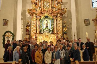 Foto zur Meldung: Maiandachtfahrt in die Heimat von Pfarrer Josef Drexler