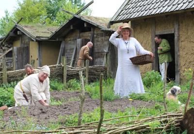 Foto zur Meldung: Wikingerzeitliche Hofanlage in Wallsbüll öffnet zu Pfingsten die Pforten
