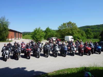 Foto zur Meldung: Traumstart in die Motorradsaison