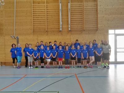 Foto zur Meldung: Handball - Trainingscamp mit Dago Leukefeld